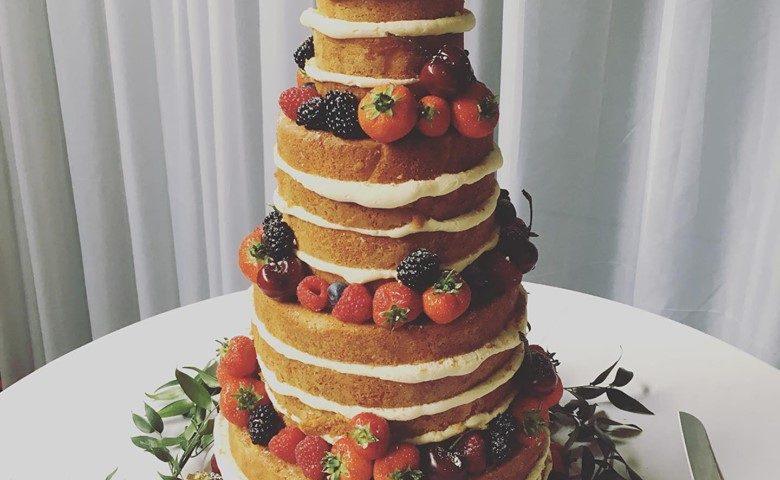 naked-wedding-cake-1006
