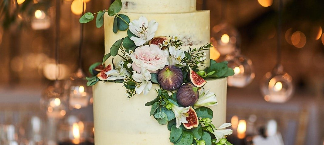 Iscoyd-wedding-cake-001